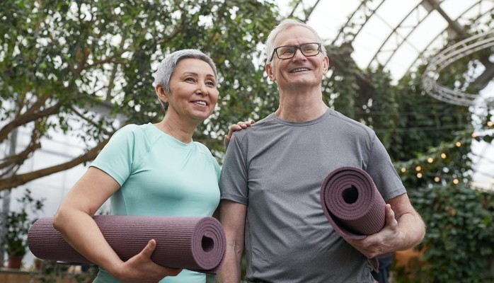 """Bild för Senior couple to be part of a stock photography shoot, """"senior couple working out outside"""""""